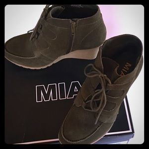 MIA Wedge Ankle Boots